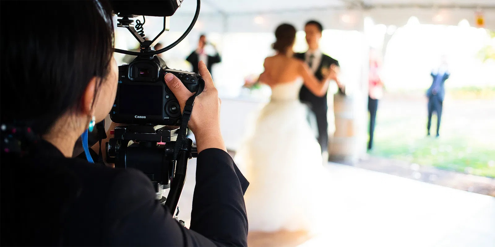5 Tips To Choose The Best From Wedding Videographers in Melbourne ...